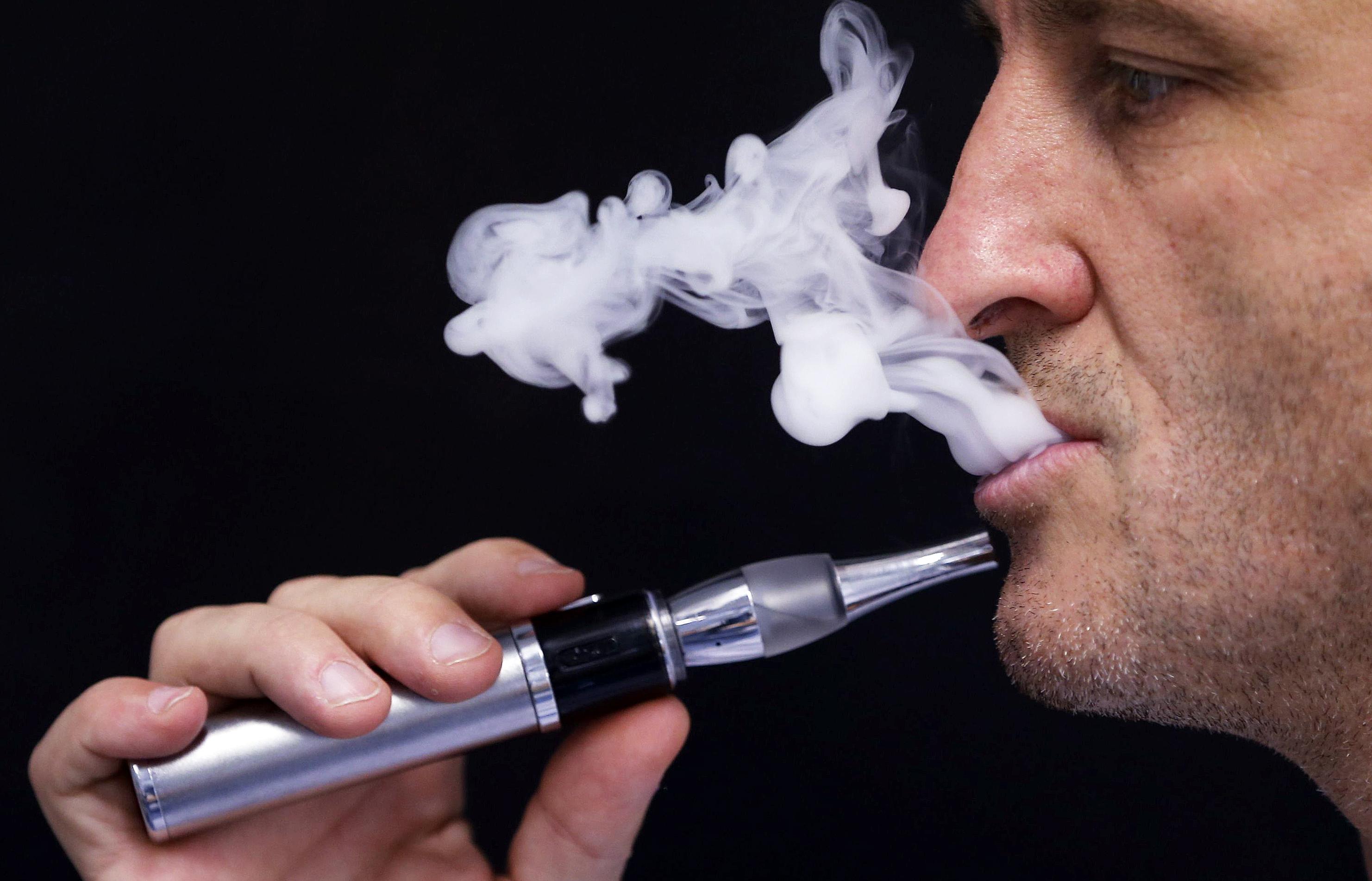 Tigara electronica fara nicotina: cine o foloseste si de ce