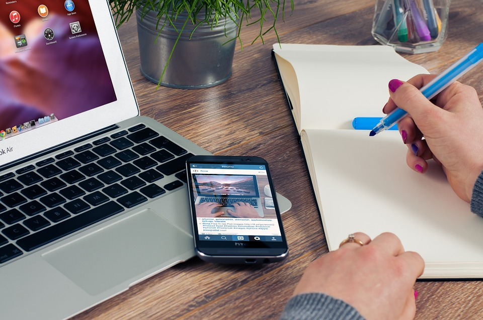 Esti antreprenor? Iata 4 avantaje ale serviciilor de contabilitate online de care te poti bucura si tu!