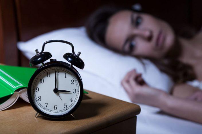 5 probleme care provoacă insomnia și cum le poți elimina