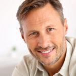 Dinti lipsa? Iata TOP 8 intrebari despre tratamentul cu implant dentar!