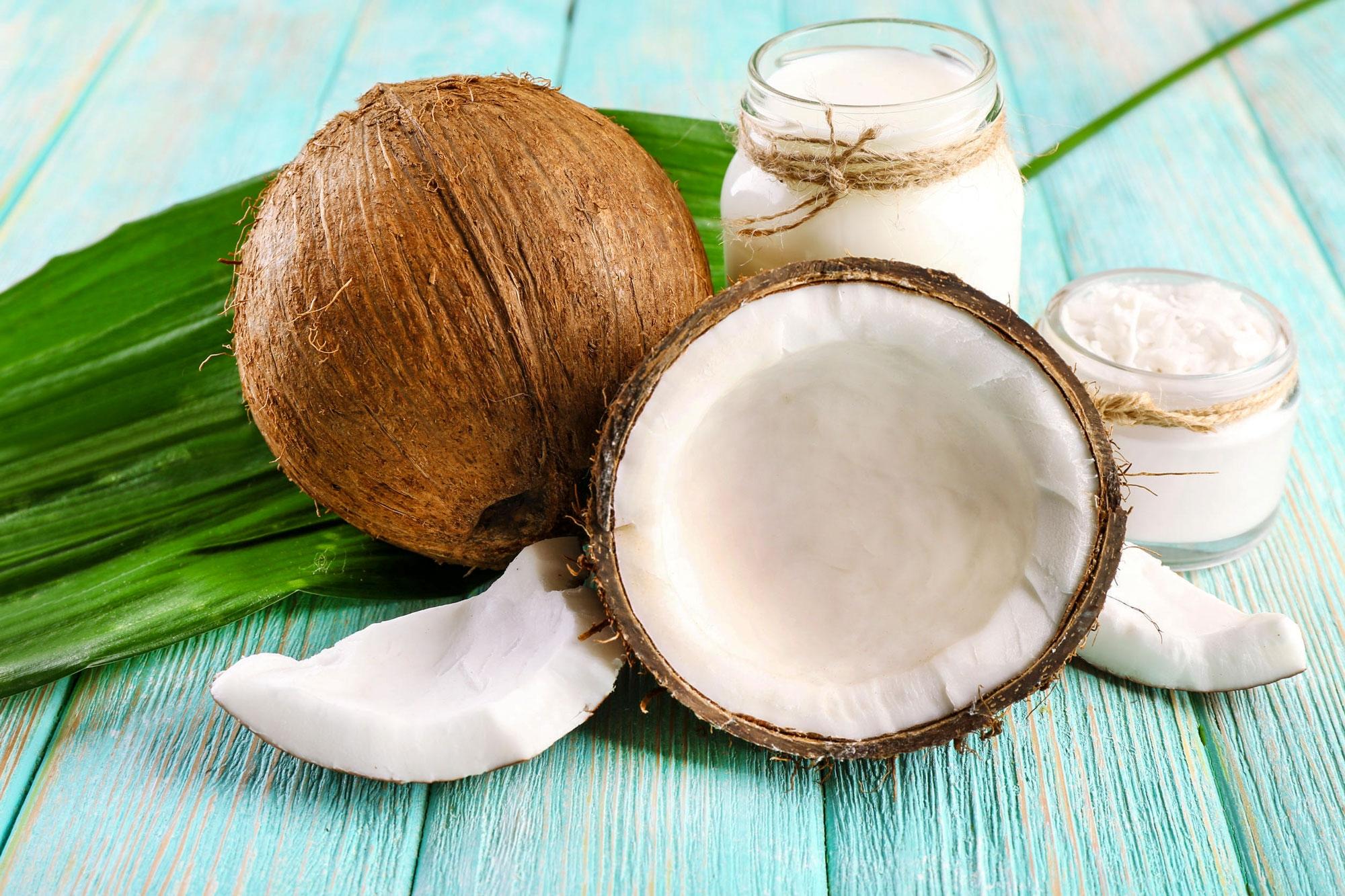 7 motive să folosești ulei de cocos