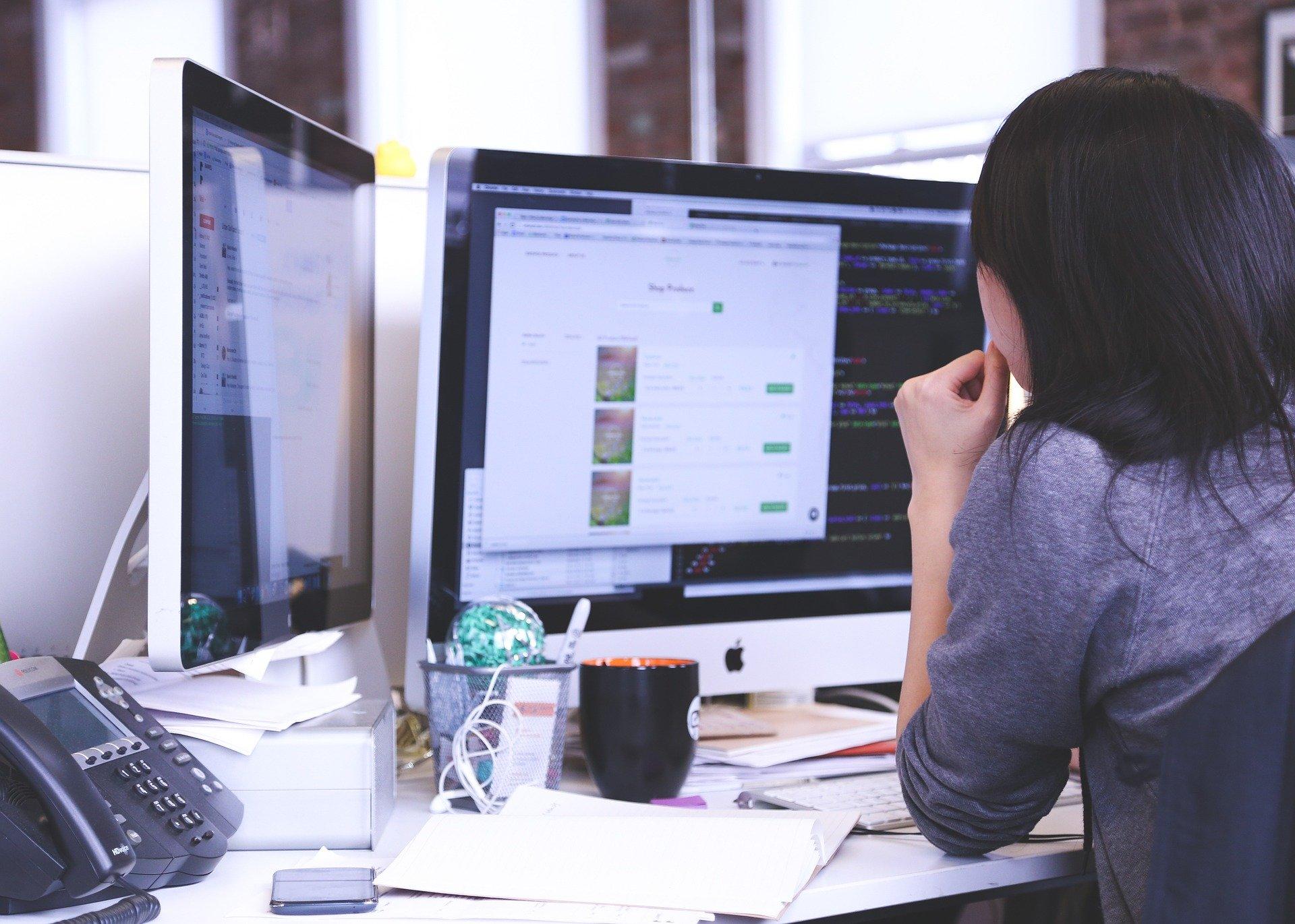 Cum alegi un monitor de calitate